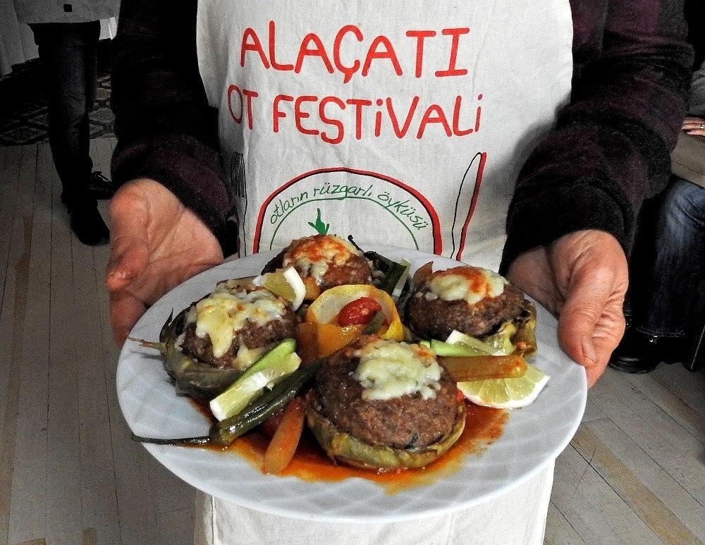 2019/04/alacati-ot-festivali-sona-erdi-20190407AW66-3.jpg