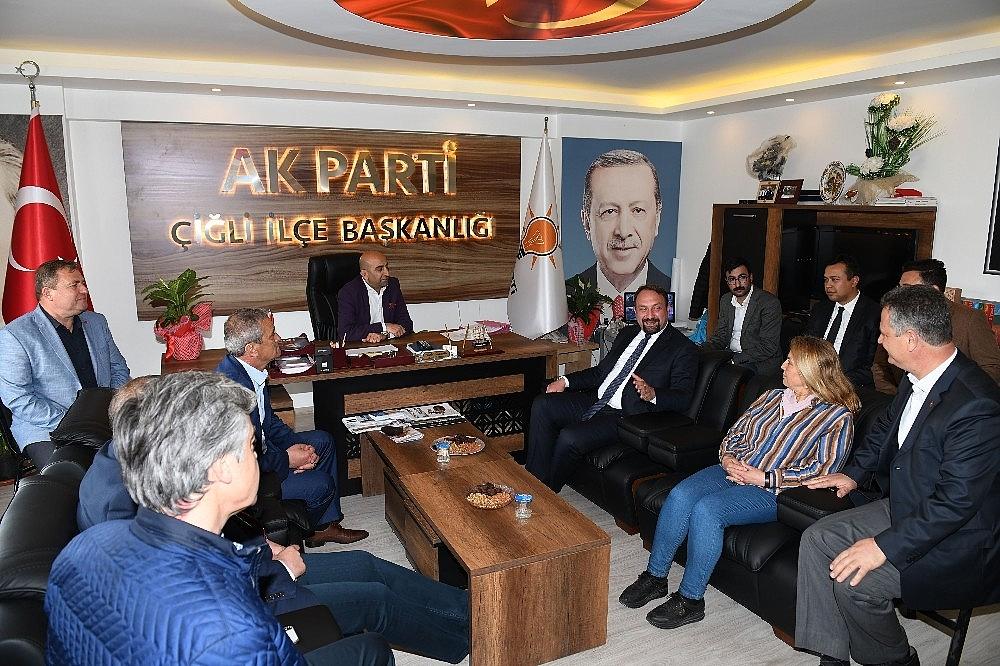 2019/04/baskan-gumrukcuden-ak-parti-ziyaretinde-birlik-mesaji-20190415AW67-2.jpg