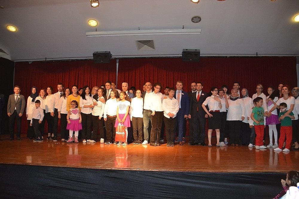 2019/05/aliagada-engelliler-haftasina-ozel-kutlama-20190514AW70-1.jpg