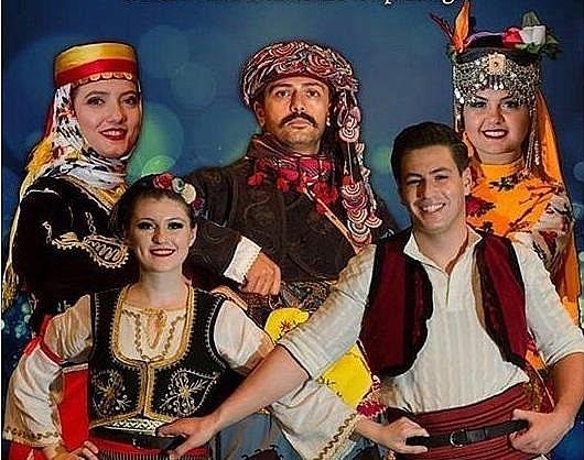 2019/05/ege-universitesinde-turk-halk-danslari-ruzgri-20190509AW69-1.jpg