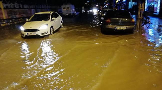 Kızıltepe'de yağış hayatı olumsuz etkiledi