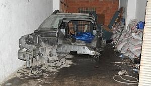 İstanbul'dan çalınan otomobil Bafra'da parçalanmış halde bulundu