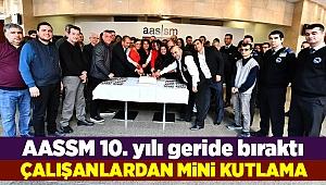 10. yıla 'mini' kutlama