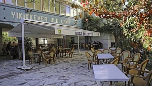 Buca'da ibadethanelere tente