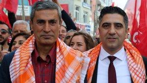 CHP İzmir'de Menderes ilçe başkanı istifa etti