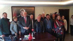 CHP'li Tire Belediye Başkanı Çiçek, DSP'den aday oldu