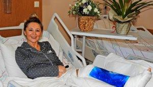 """Şarkıcı Pınar Aylin hastaneden taburcu oldu: """"Kafa üstü taşın üzerine uçtum"""""""