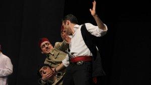 Yedi Kocalı Hürmüz İzmirlileri gülme krizine soktu