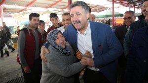 """CHP'li Sandal: """"Biz Bayraklı'da tüm yurttaşlarımızın gönlüne yazıldık"""""""
