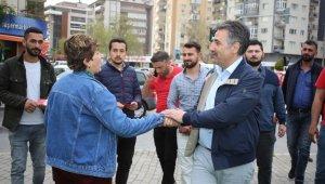 """CHP'li Sandal'dan """"Bayraklı Dayanışma Kart"""" projesi"""