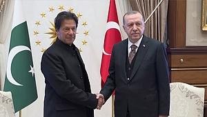 Cumhurbaşkanı Recep Erdoğan, Pakistan Başbakanı ile telefonda görüştü