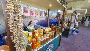 MaviBahçe'de organik pazar