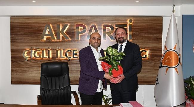 Başkan Gümrükçü'den AK Parti ziyaretinde birlik mesajı