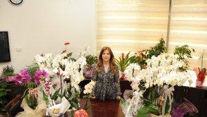 Çiçekler şehit ailelerine