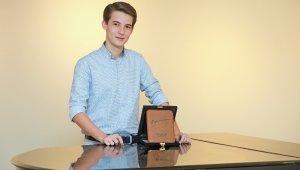 Genç yetenek Kaan Turan bu kez beste ödülü kazandı