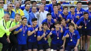 TFF 2. Lig Kırmızı Grup'ta şampiyon Menemenspor