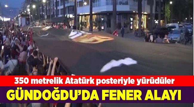 350 metrelik Atatürk posteriyle yürüdüler