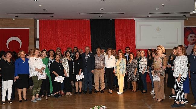 Çiğli'de sanat atölyesi yıl sonu sergisi