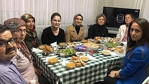 İzmir'de ilk 'Gönül Sofrası' Aliağa'da kuruldu