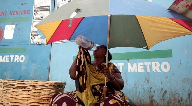 Hindistan'da aşırı sıcaklar yüzünden ölenlerin sayısı 92'ye çıktı