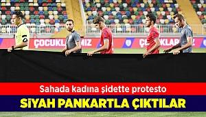 Sahada kadına şiddete protesto