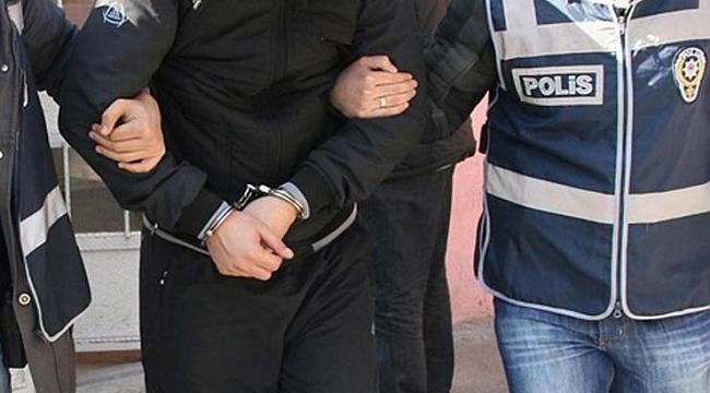 İzmir'de kaçakçılık operasyonunda 1 tutuklama
