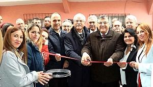 CHP'li Sındır Balkan Kadınları Derneği'nin açılışına katıldı