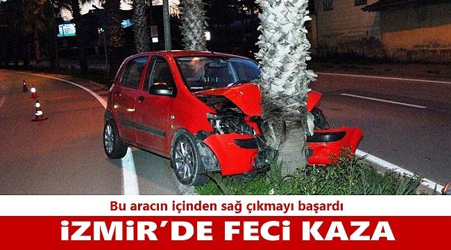 İzmir'de otomobil ağaca çarptı