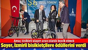 Soyer İzmirli bisikletçilere ödüllerini verdi