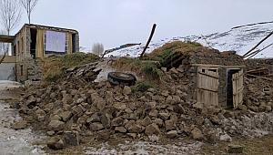 Van'da hissedilen depremde ölü sayısı artıyor