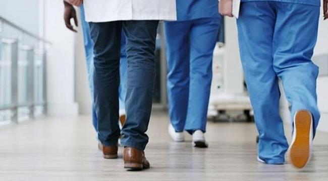 Tıp öğrencilerine erken mezuniyet!