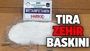 İzmir'de TIR'a uyuşturucu baskını: 2 gözaltı
