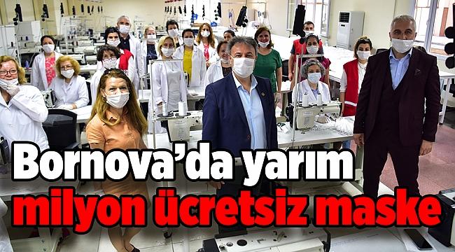 Bornova'da yarım milyon ücretsiz maske dağıtıldı