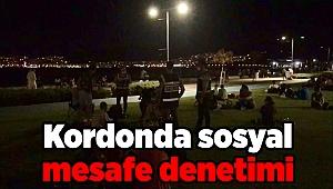 İzmir emniyetinden kordonda sosyal mesafe denetimi