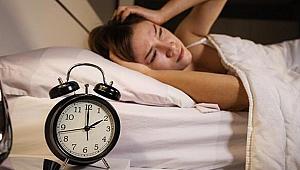 Uyku problemi yaşayanlara vişneli yoğurt önerisi