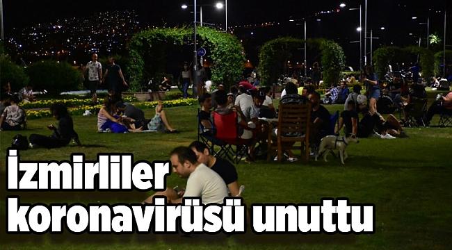 İzmirliler koronavirüsü unuttu