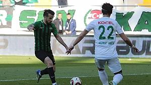 Altay, Erhan Çelenk'i kadrosuna kattı