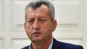 İzmir'deki eski belediye başkanı silahlı saldırıya uğradı