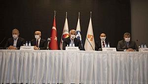 Bakan Ersoy'dan Çeşme açıklaması: 'Mega Proje' ne zaman bitecek?