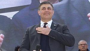 Başkan Tugay resmen istedi: Araziyi verin, stadı biz yapalım...