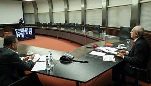 Kılıçdaroğlu, İzmir esnafıyla görüştü