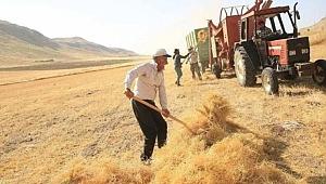 Dolar 8 lirayı aştı, çiftçiler zorda
