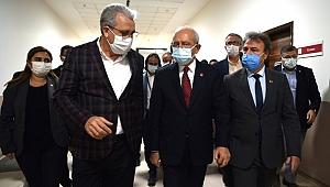 İduğ, Kılıçdaroğlu ile birlikte depremzedelerin yanında