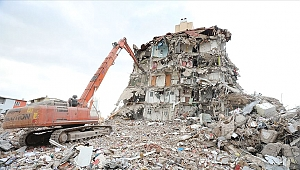 Depremde yaşamını kaybedenlerin sayısı arttı