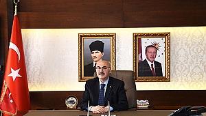 İzmir Valisi Yavuz Selim Köşger korona virüse yakalandı