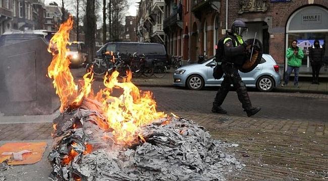 Hollanda'da futbol takımı taraftarları sokağa indi!