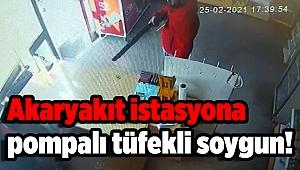 Akaryakıt istasyonundaki hırsızlık güvenlik kamerasına yansıdı