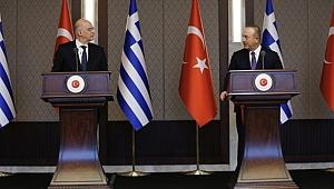 Çavuşoğlu ve Yunan Bakan arasında gerginlik!