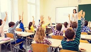Bilim Kurulu üyesi açıkladı: Okullar ne zaman açılacak?