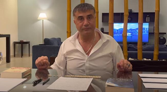 Sedat Peker'in masasında tuttuğu kitabın sırrı ne? Tıkla - İzle